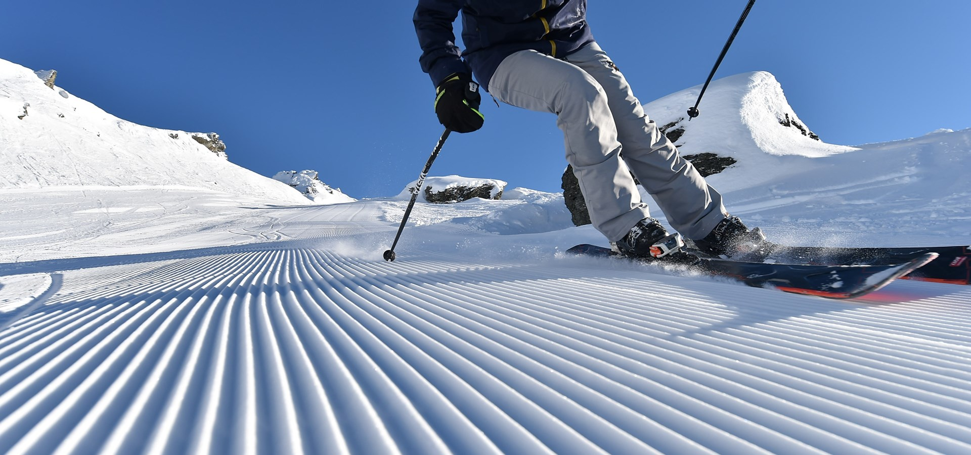 Ski packages pass rentals lessons cardrona nz