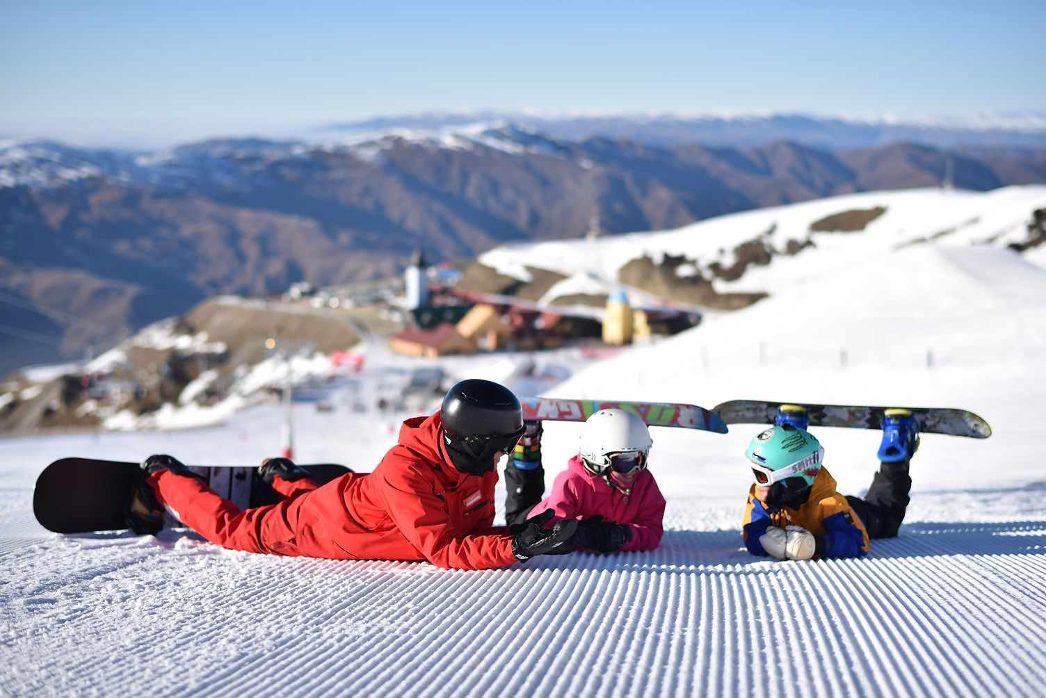 cardrona-adventure--kids snowboard lesson- queenstown skiing