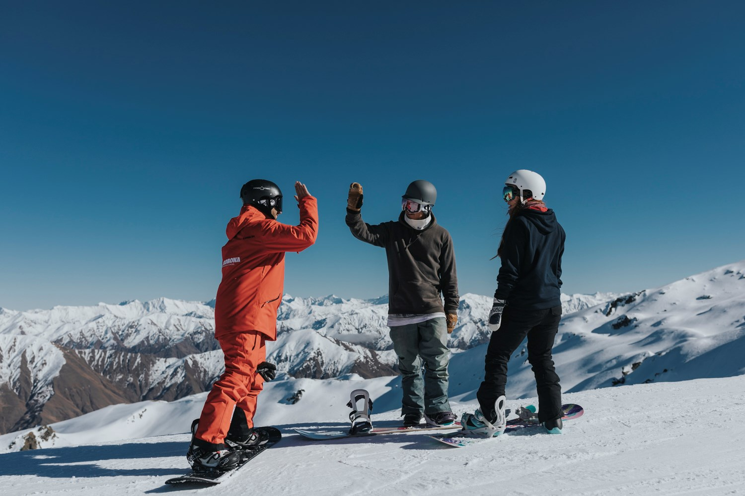 cardrona-skilessons-howtoski-howtosnowboard-queenstown ski hire