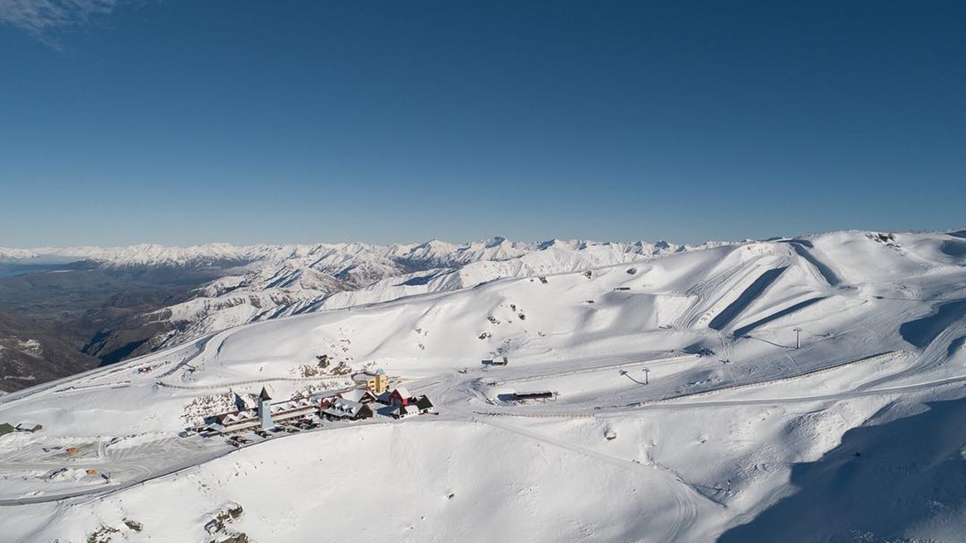 Cardrona - Skiing in New Zealand - New Zealand Ski - SkiNZ