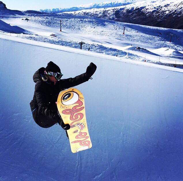 Cardrona Pipes Snowboard