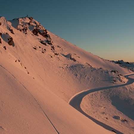 Cardrona - Ski resort Wanaka - Sunrise - Skiing in New Zealand