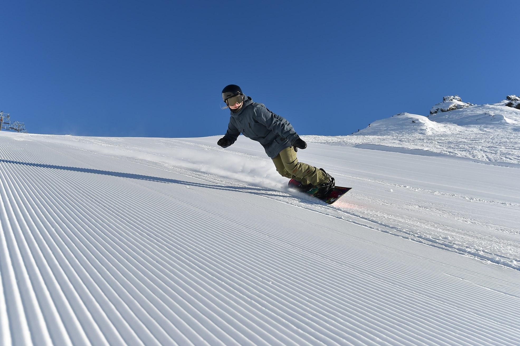 Snow boarding gif galleries 17
