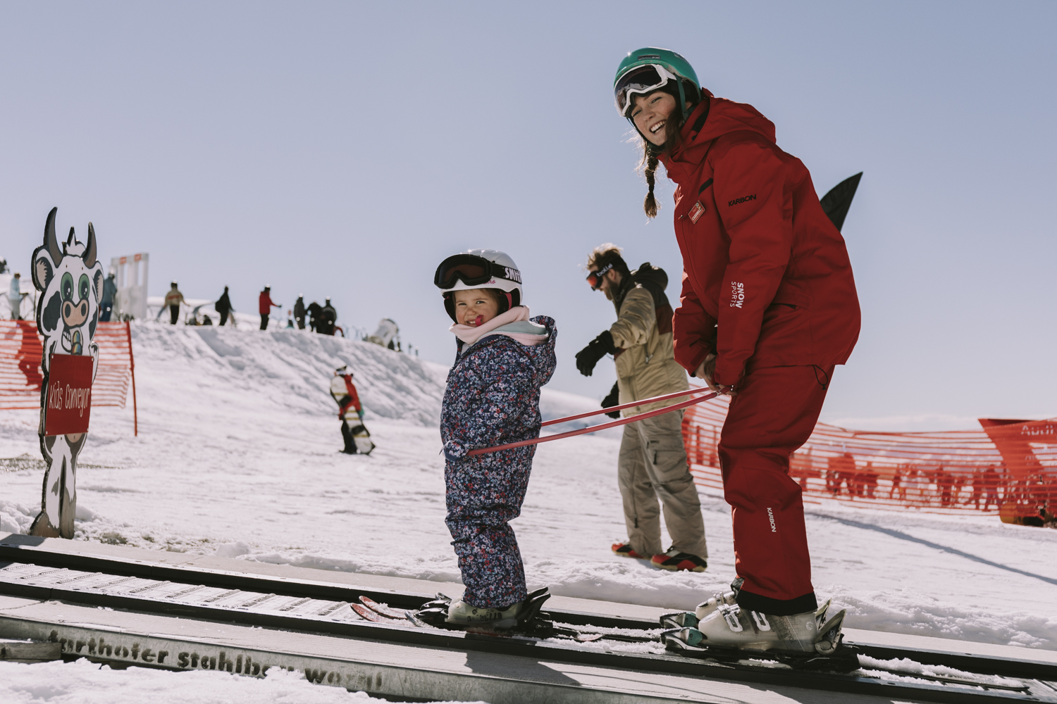 Cardrona ski snowboard kids lessons winter New Zealand ski school under 5s